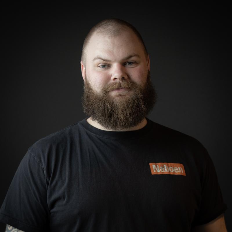 Naboen Daniel Pettersen