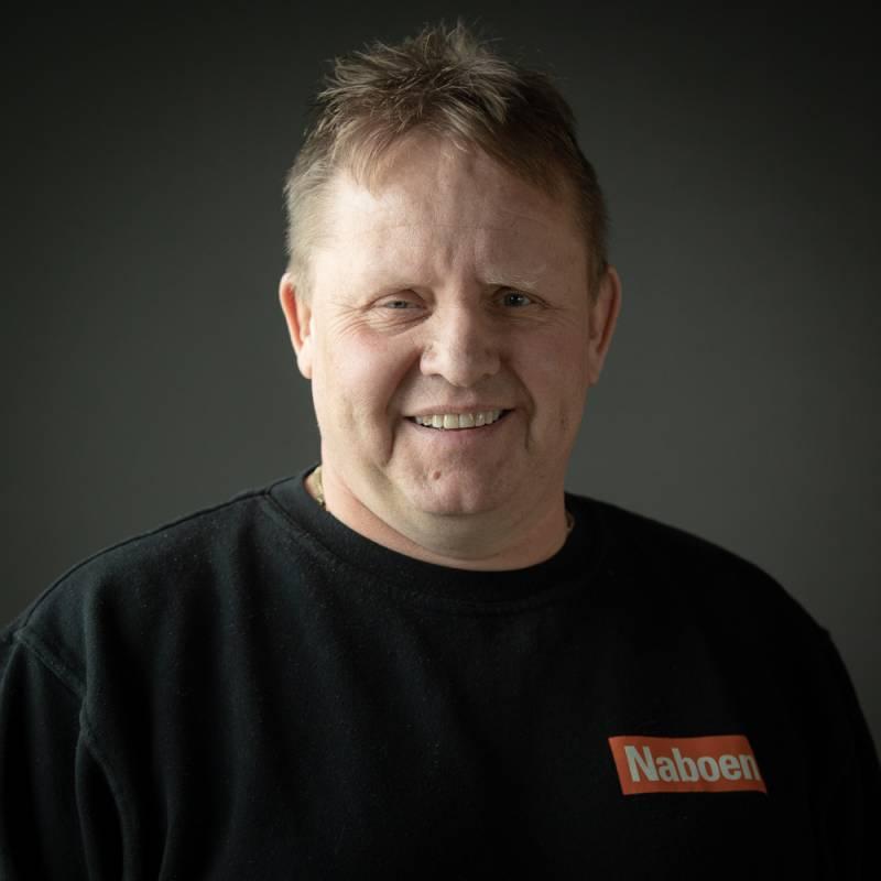 Utleier i Naboen - Jone Pedersen