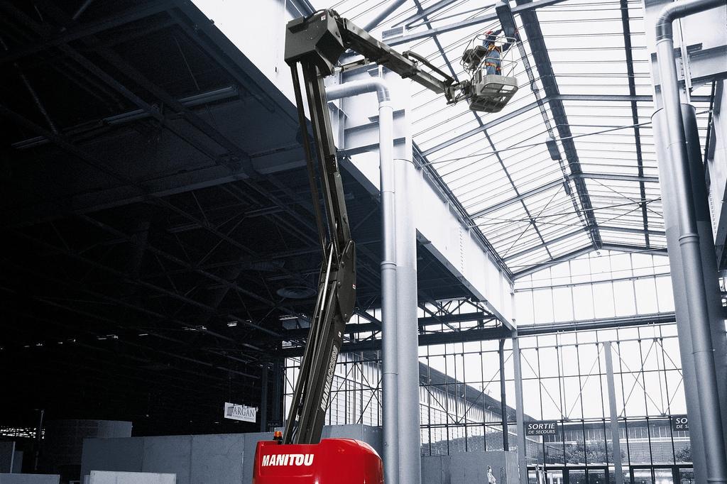 15m Bomlift Knekkarm Manitou 150 AETJ-C